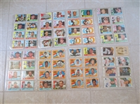 (267) 1960 Topps Baseball Cards  Very nice condition!