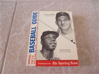 1970 Official Baseball Guide by The Sporting News McCovey/Killebrew cover