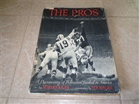1960 The Pros Hardcover football book by Riger with Dust Jacket