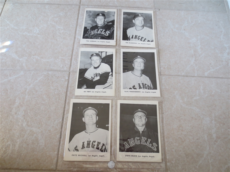 1961 Los Angeles Angels 1st year in Majors Jay Picture Pack complete set of 12  Nice condition.  RARE!