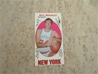 1969-70 Topps Bill Bradley rookie basketball card in beautiful condition #43