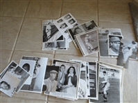 (35) Miscellaneous Baseball press photos with a nice mix of years